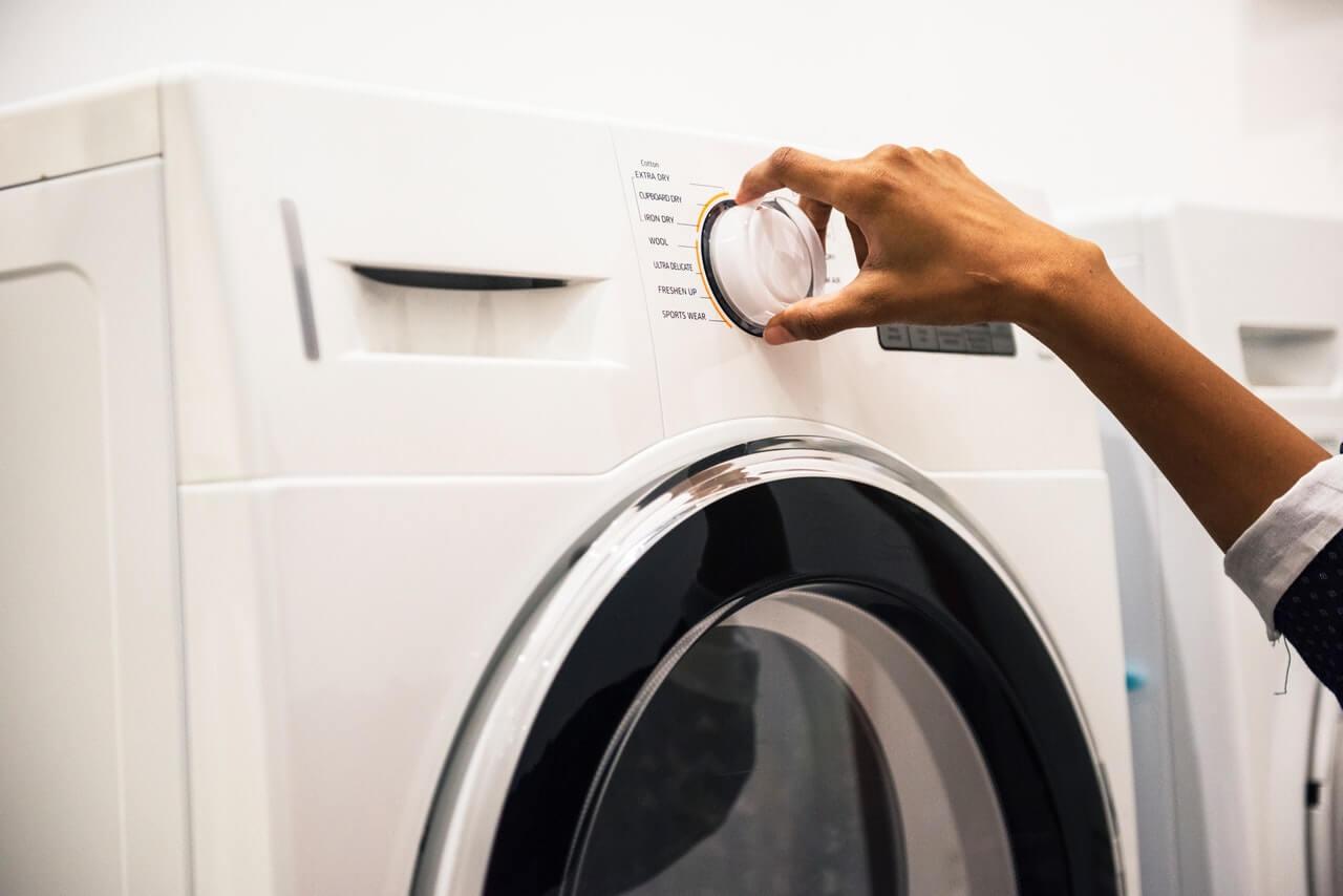 Comment repérer et réparer une panne sur votre machine à laver?
