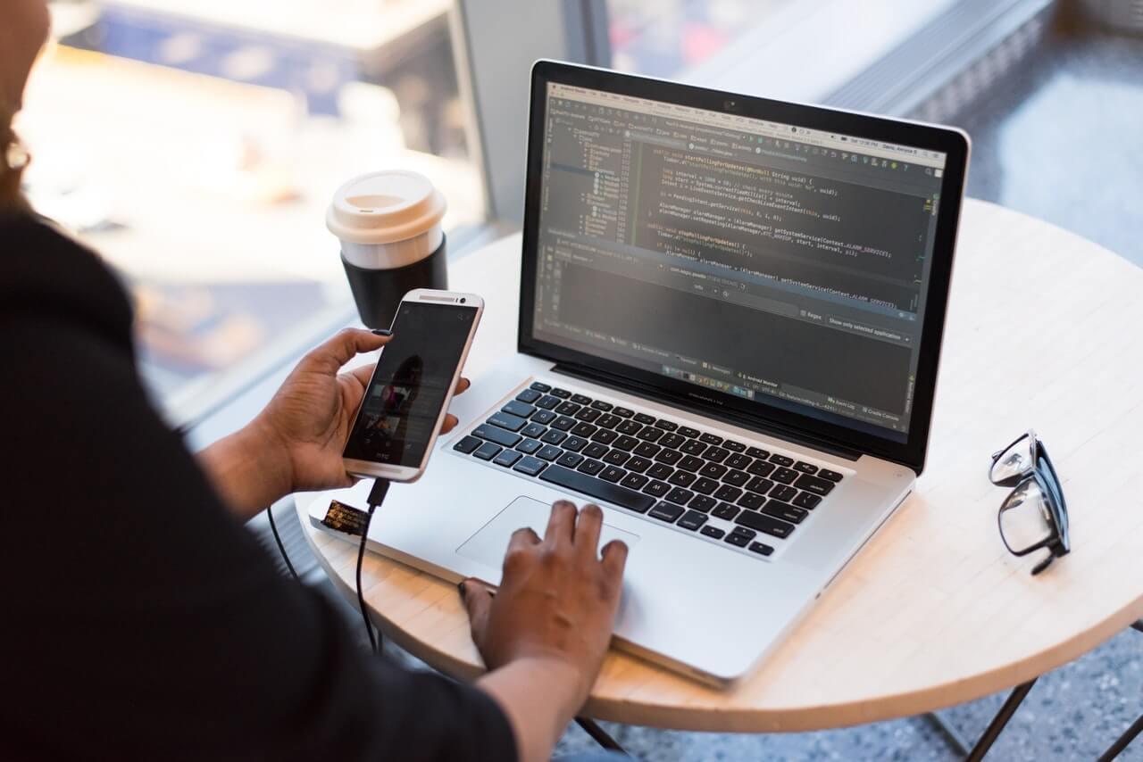 Pourquoi confier son projet digital à une agence développement web?